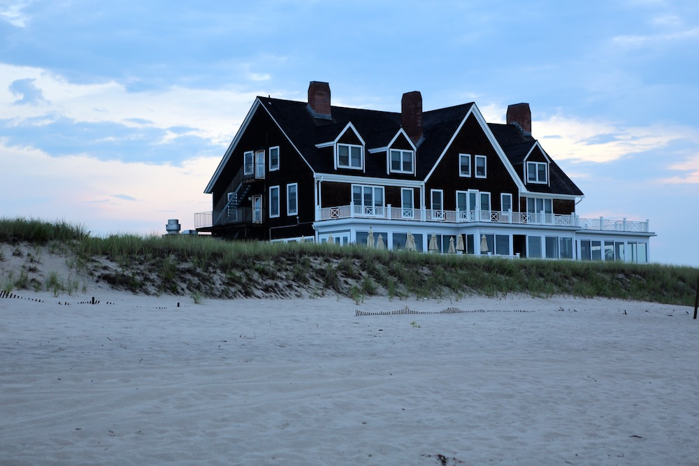 Big Nice House On The Beach sunrise in the hamptons - fashables